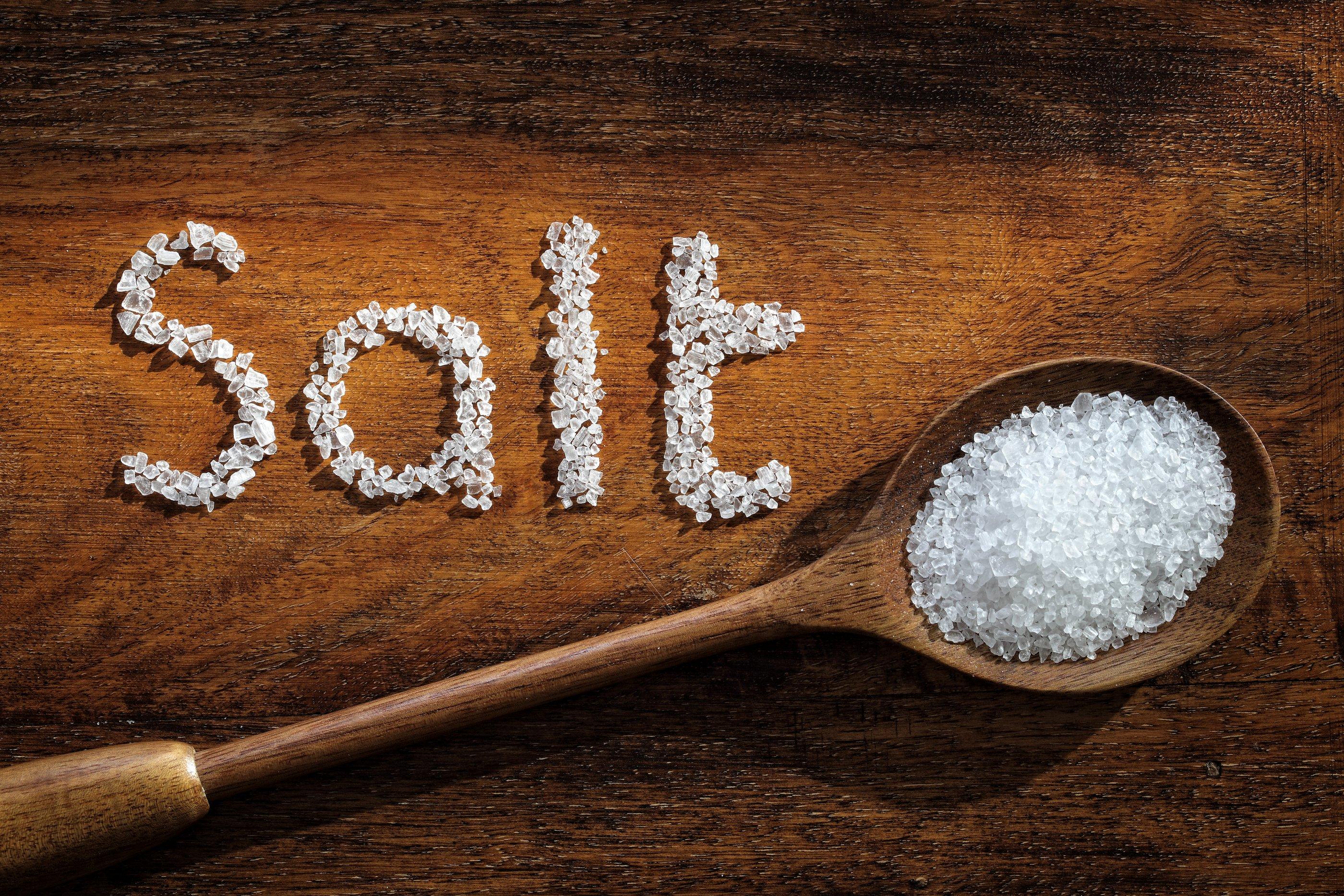 Ini yang harus Anda lakukan setelah terlalu banyak mengkonsumsi sodium