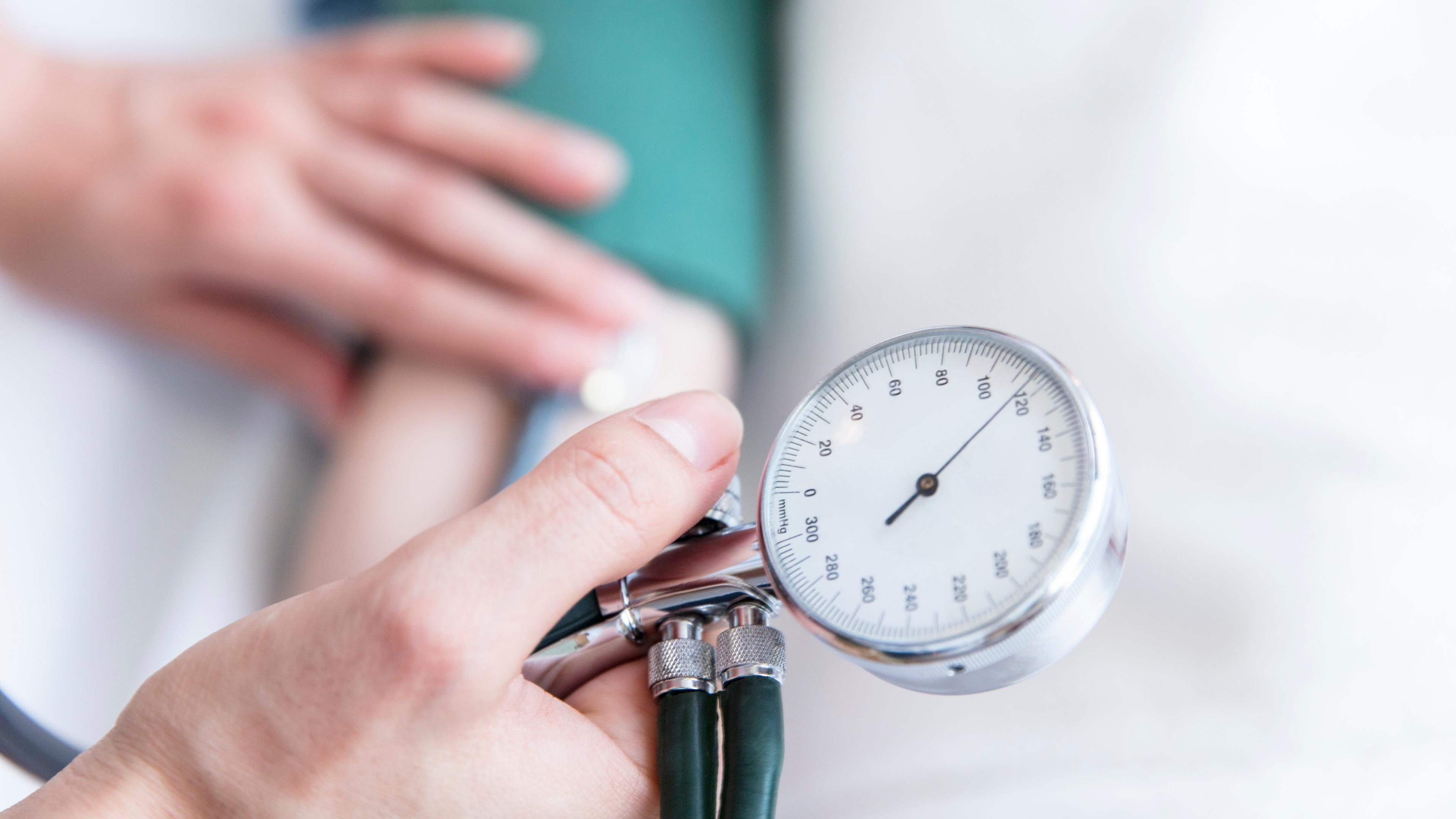 Kegiatan yang bisa kamu lakukan untuk mengontrol tekanan darah