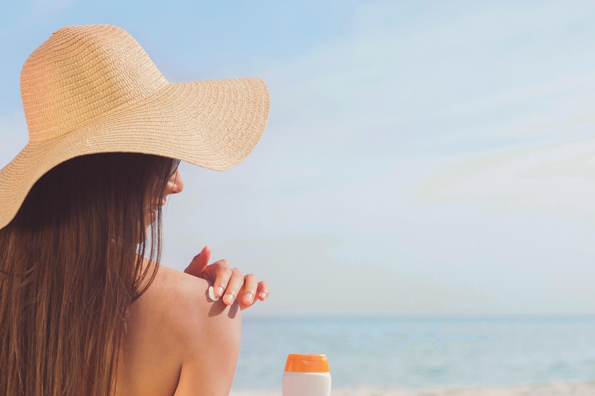 Studi: Penggunaan sunscreen dapat menjaga fungsi pembuluh darah